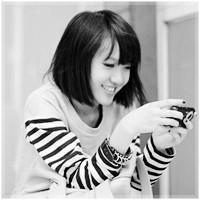 qq悲伤闪图签名档_QQ黑白头像女生 头像微信