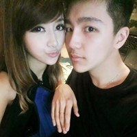 QQ头像情侣一对两张 情侣头像真人一人一半图片